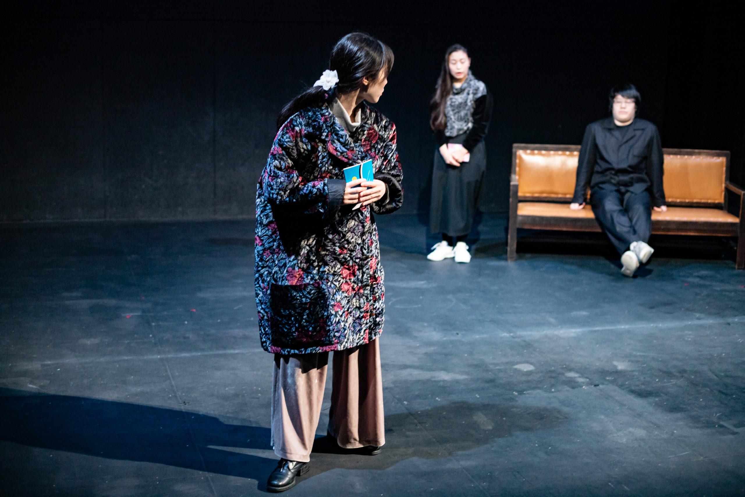 河井朗(ルサンチカ)演出『鞄』舞台写真